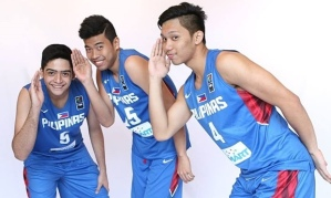 Basketball stars Pabebe wave