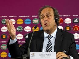 Michel Platini's pabebe wave